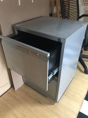 Free filing cabinet! for Sale in Seattle, WA