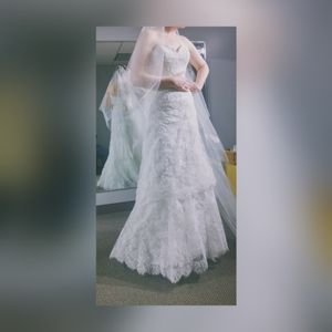 Pre owned size 8 wedding dress for Sale in Rochester, MN