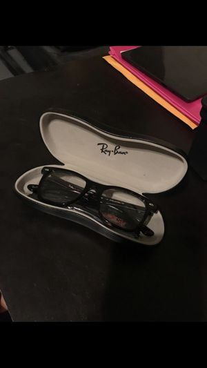Ray Ban glasses ( need gone) for Sale in Tacoma, WA