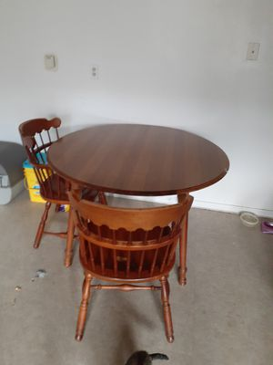 Kitchen table for Sale in Lebanon, IN
