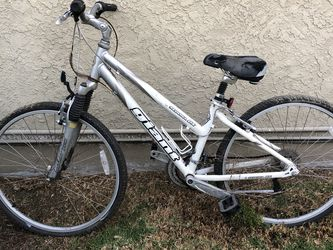 Mountain Bike For Parts for Sale in Long Beach,  CA