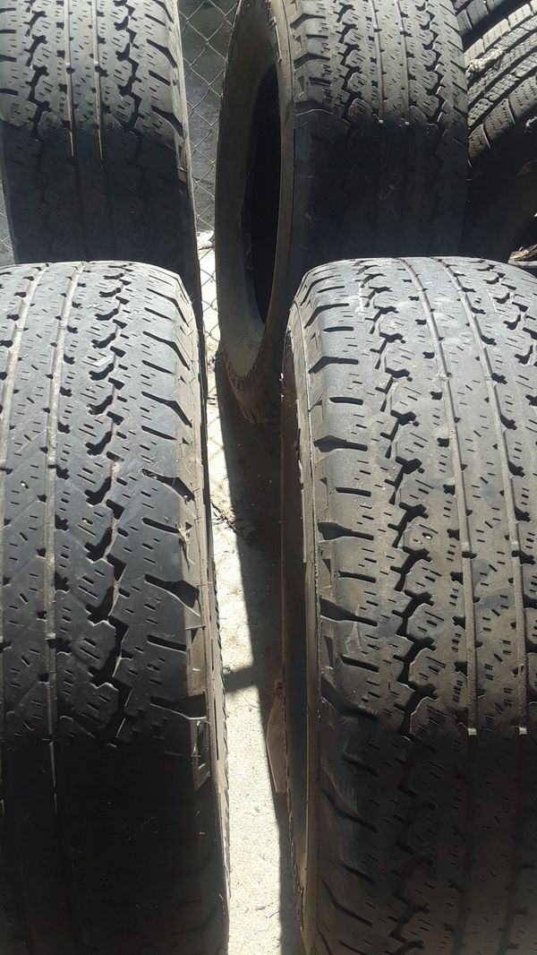 set of 4 used tires 265/70R17