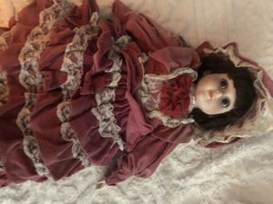 Porcelain dolls! Antiques 3 different for Sale in Hutto, TX