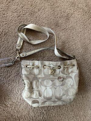 Coach Poppy purse for Sale in Waddell, AZ