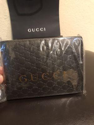 Dark brown Gucci wallet men's. Brand new for Sale in Buena Park, CA