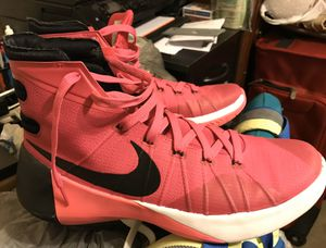 Men's Nike Hyperdunk 'Think Pink' Shoes / (No Box)-Size: 9 / Pick- up in Cedar Hill / Shipping Available for Sale in Cedar Hill, TX