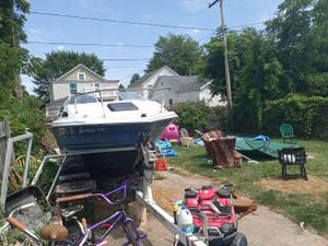 Bayliner boat and trailer for sale clean title for boat clean title for trailer asking 1200 for Sale in Lorain, OH