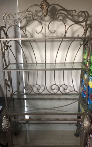 Bakers Rack, Glass table w/four chairs for Sale in Upper Marlboro, MD