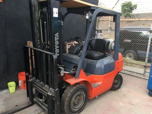 2005 Toyota Forklift for Sale in Los Angeles, CA