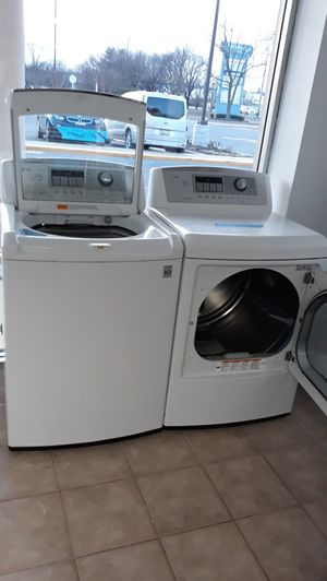 White top load washer and dryer set excellent condition for Sale in Laurel, MD