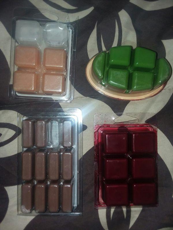 Wax cubes (4 packs)