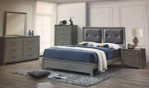 Brand new queen wooden bedroom set 4 pc no mattress for Sale in Davie, FL