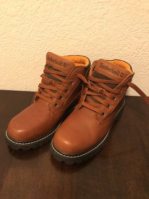 Timberland Boots Size 7M for Sale in Miami, FL