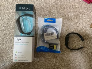 Fitbit flex with extra bands for Sale in San Diego, CA