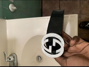 Gucci belt for Sale in Long Beach, CA