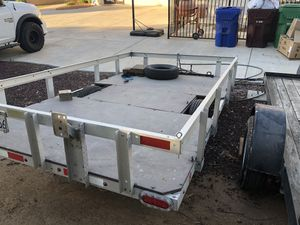 Aluminum Trailer 10.5x6.5' (with spare tire) New Tires Mounted for Sale in Riverside, CA