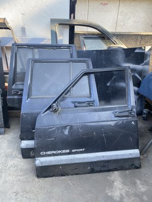 Jeep Cherokee parts for Sale in Azusa, CA