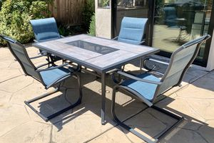 Outdoor Dining Set (one year old) for Sale in San Diego, CA