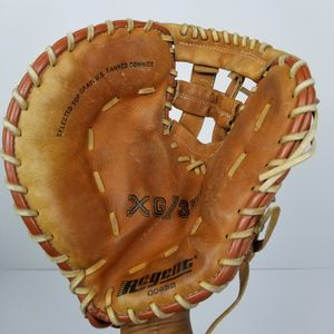 "Vintage Regent XG/350 12"" Mesh Leather Baseball Softball Glove Left Hand Throw.$40 for Sale in Seattle, WA"