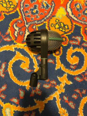 AKG D112 (great kick drum mic) for Sale in Los Angeles, CA