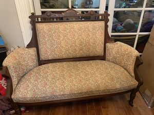 Victorian Settee Couch Loveseat for Sale in Portland, OR