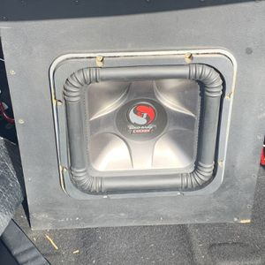 10' L7 SOLO BARIC W/BOX and AMPLIFIER for Sale in Bakersfield, CA