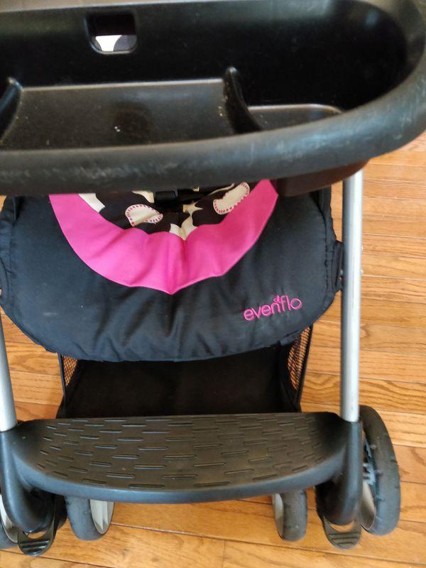 Evenflo hello kitty theme stroller
