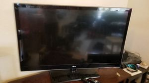 LG 3D TV (with glasses) for Sale in Oakland, CA