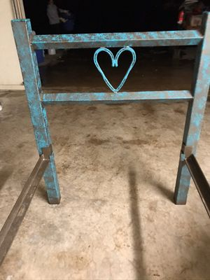 Twin metal bed frame! for Sale in Oklahoma City, OK