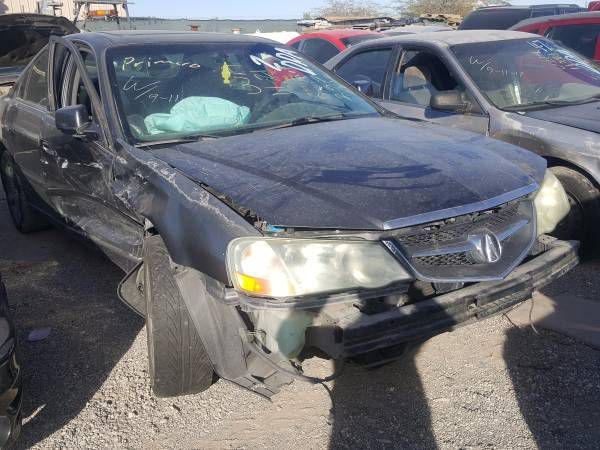2003 Acura TL for parts 046352