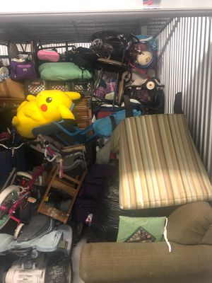 Storage unit/garage sale for Sale in Lauderhill, FL