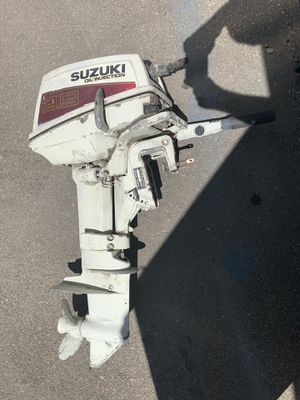 Suzuki 9.9hp 2 Stroke Outboard Short Shaft for Sale in Los Angeles, CA