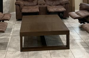 Large coffee table for Sale in Turlock, CA