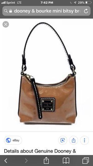 Mini Dooney & Burke mini bisty bag for Sale in Colesville, MD