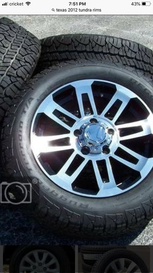2013 tundra texas edition rims and tires about 70% tires left need to be cleaned for Sale in Edna, TX
