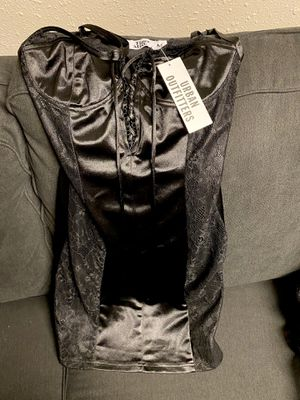 Silky, Lacey Dress- Size medium New for Sale in Rochester, MN