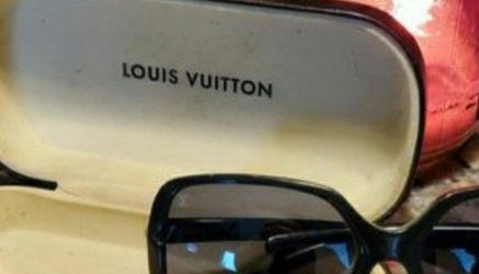 Authentic Louis Vuitton Glasses / Sunglasses With LV Case for Sale in Simpsonville,  SC