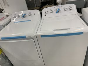 Top load washer and dryer set GE for Sale in Whittier, CA