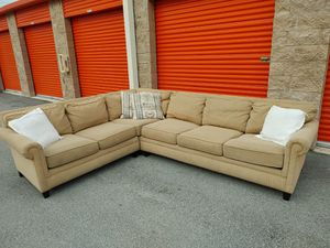 THOMASVILLE Sectional Sofa / Couch in GREAT CONDITION - DELIVERY NEGOTIABLE for Sale in Boca Raton, FL