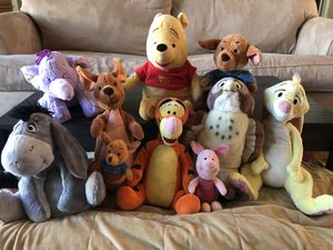 Winnie the Pooh stuffed animal collection for Sale in Coral Springs, FL