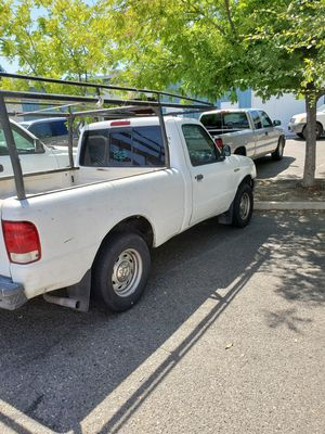 2000 Ford Ranger 4cyl runs great! for Sale in Clovis, CA