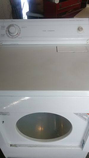 Whirlpool electric large capacity dryer light inside side $65 for Sale in Albuquerque, NM