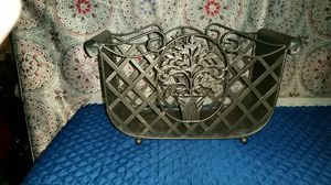 Magazine rack.. metal for Sale in Caseyville, IL