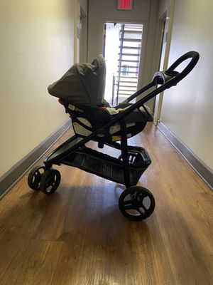 graco 2 in 1 travel system - stroller and car seat for Sale in Newport Beach, CA
