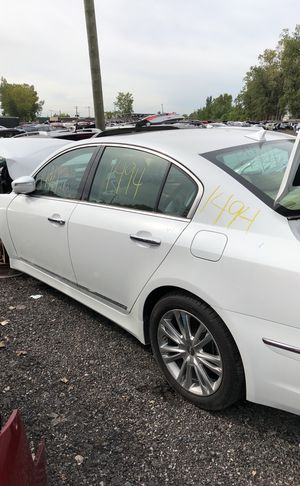 Selling parts for a white Hyundai Genesis for Sale in Warren, MI