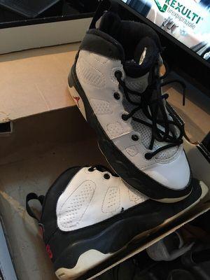 Retro Jordan 9s (2001) kids size 2 for Sale in New York, NY