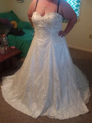 Wedding dress size 22 can be taken down 3 sizes for Sale in Angier, NC