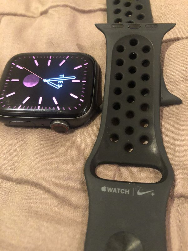 Apple Watch series 4 LTE 44mm with Apple warranty