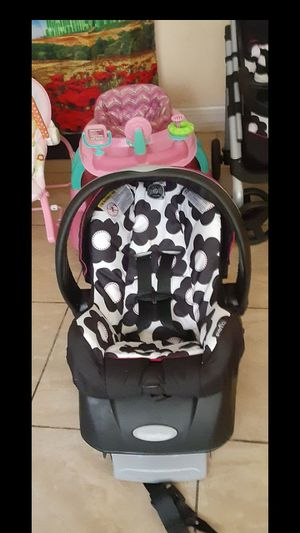 car seat stroller baby thing for Sale in Fort Myers, FL
