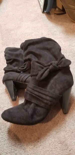 Black faux suede boots size 9 for Sale in FSTRVL TRVOSE, PA